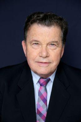 Tom Allen, Consultant, Senior Legal Exec