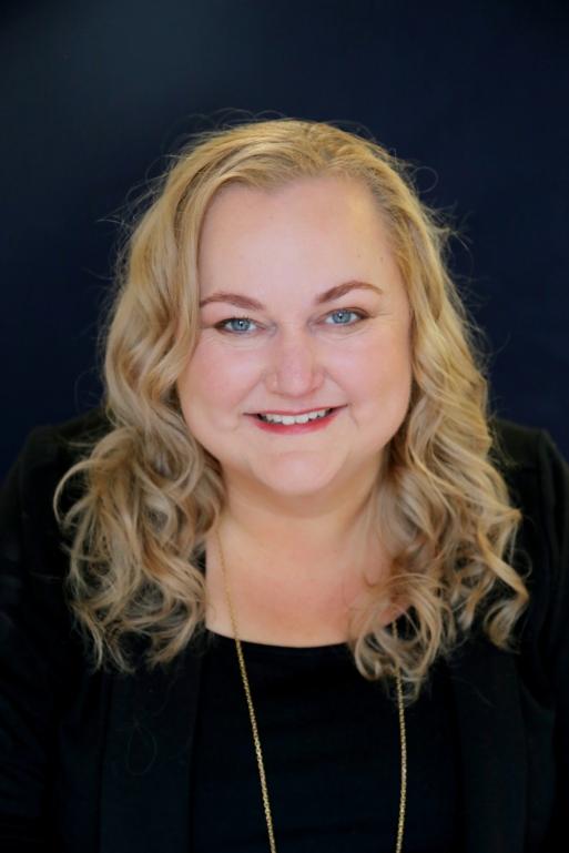 Lisa Roberts, Senior Partner